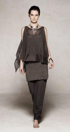 sarah pacini .... fabulous stylish and comfortable looking !! How fantastic