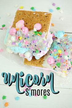 Unicorn S'mores loaded with sprinkles! Unicorn Birthday Parties, Unicorn Party, 7th Birthday, Good Food, Yummy Food, Delicious Recipes, Tasty, Chef Recipes, Fun Recipes