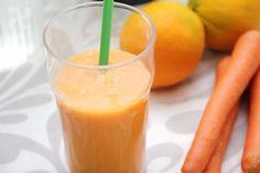 Smoothie en 1 minuto que os aportará toda la energía para encarar con fuerza la mañana. Y un sabor delicioso con toques frescos y exóticos.