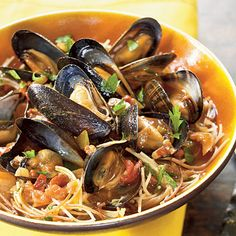 Fideos with Chorizo and Mussels Recipe