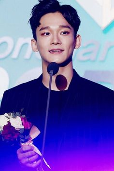 Jongdae looking absolutely stunning at the Gaon Kpop Chart Awards Shinee, Kim Jong Dae, Chanyeol Baekhyun, Exo Official, Xiuchen, Kaisoo, Exo Ot12, Kim Junmyeon, Kpop Exo