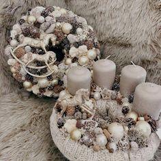 Blue Wedding Centerpieces, Christmas Centerpieces, Diy Christmas Ornaments, Christmas Tree Decorations, Spring Door Wreaths, Xmas Wreaths, Advent Wreaths, Winter Christmas, Christmas Time