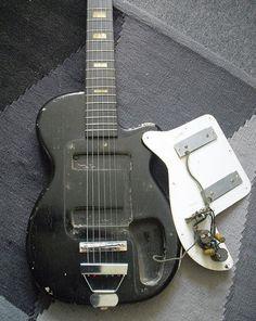 Harmony Stratotone. 1955.