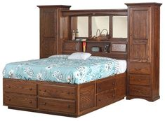 Amish Indiana Trail Wall Unit Platform Bed There are a total of 12 storage drawers built into the Indiana Trail Wall Unit. This bed helps you save space, eliminating the need for an added dresser or chest of drawers.