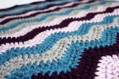 chevron baby blanket free crochet pattern by denise.su