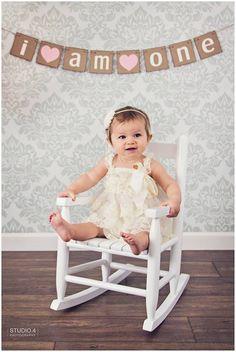 first birthday photo shoot ideas, one year photos, emma is one, indoor photo shoot ideas