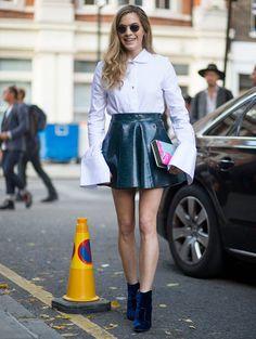 A saia de couro é um ótimo básico e você, talvez, nem sabia disso.