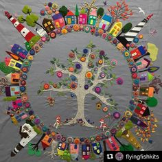 Crazy quilting ideas awesome ideas for 2019 Wool Embroidery, Embroidery Stitches, Embroidery Patterns, Ribbon Embroidery, Art Du Collage, Art Du Fil, Wool Quilts, Wool Applique Quilts, Mini Quilts