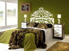 I don't know if that's a stencil or vinyl headboard but i LOVE it!