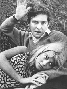 I seriously love this photograph of Julie Christie and Tom Courtenay. I look at it several times a month, it's just rad. Taken by William Klein.
