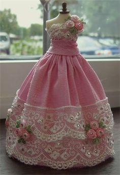 Pink dupion silk and lace ballgown 1/12th scale.