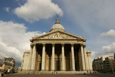 Top 10 Famous Places To Visit in Paris During Maison et Objet | www.bocadolobo.com #travel #europe #paris #whattosee