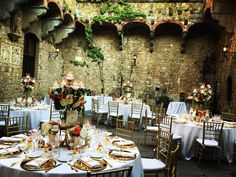 Italian Wedding Feast at @vincigliata castle by @weddingsit D&L Wedding reception #jewishwedding #weddinginitaly #tuscanywedding #iphonepic #weddinggram #weddinginspiration #castlewedding #italycastle  @stiatti_fiori_  Catering @galateoricevimenti @almaproject photography @davidbastianoni video @dvideo Planner @laurafrappa from @exclusiveitalyweddings A very special thank you to this amazing team! You rock!