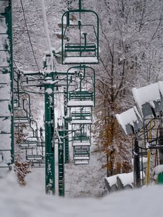 Skiing in Michigan is more than meets the eye. You'll forget about cars, ice sculptures and limestones when you check in at a Michigan ski resort. Boyne Mountain Resort, Ski Lift, Ice Sculptures, Us Travel, Skiing, Michigan, Places, Outdoor, Ski