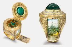 Galaxy Fantasy: Anillos de oro y diamantes con pequeños mundos en su interior