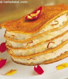 Indian Desserts, Indian Sweets, Indian Food Recipes, Gourmet Recipes, Indian Dishes, Rabri Recipe, Appam Recipe, Shahi Paneer Recipe, Paneer Recipes