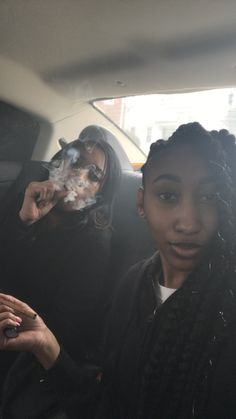 Weed Girls, 420 Girls, Bff Goals, Best Friend Goals, Girl Smoking, Smoking Weed, High Society, Kool Savas, Thug Girl