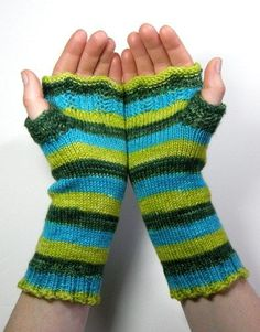 Lacy Bits Mitts: Loom Knitting Pattern | gettinitpegged - How-To on ArtFire