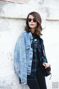 2. #Layered - 7 Street Style Ways to Wear a #Denim Jacket ... → #Streetstyle #Street