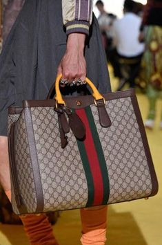 Today we are going to make a small chat about 2019 Gucci fashion show which was in Milan. When I watched the Gucci fashion show, some colors and clothings. Fall Handbags, Prada Handbags, Cheap Handbags, Handbags On Sale, Fashion Handbags, Purses And Handbags, Fashion Bags, Gucci Handbags Outlet, Popular Handbags