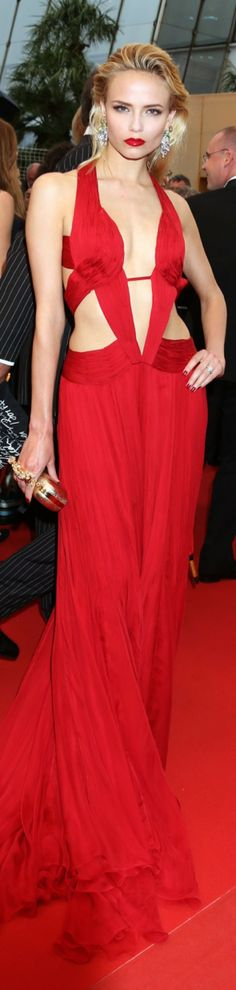Ravishing Red / karen cox. Natasha Poly
