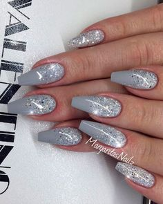 White And Silver Nails, Silver Acrylic Nails, Silver Glitter Nails, Pink Glitter, Nail Art Designs, Winter Nail Designs, Acrylic Nail Designs, Grey Nail Art, Gray Nails