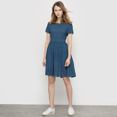 Dress with Cutout Back - MADEMOISELLE R | Loose fit (not too clingy). Subtle print on a navy blue background. Seaming at back with cutout. Gathers at the waist. Length 88 cm. | french fashion style