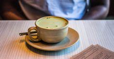 Matcha Tea: 5 Smart Reasons to Drink It | My Diet Matters Organic Matcha, Organic Green Tea, Green Tea Cocktail, Matcha Tea Benefits, Cookies Receta, Tea Cocktails, Brewing Tea, Matcha Green Tea, Rosacea