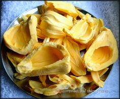 Chakka Erissery and Thoran (Jackfruit curry and stirfry) ~ sweet and spicy corner