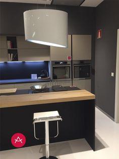 Flat Screen, Kitchens, Haus, Blood Plasma, Flat Screen Display, Plate Display
