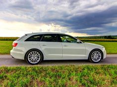 [Audi A6 Avant 3,0 TDI quattro] Mit dem A6 Avant hat Audi einen prestigeträchtigen Oberklasse-Kombi im Angebot. Wir haben den 3,0 TDI mit Allradantrieb und der 7-Gang-S-Tronic im Testfuhrpark begrüßt. #audi #a6 #avant #quattro
