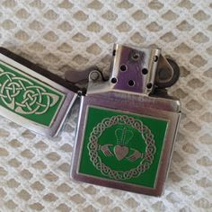 Claddagh Zippo Lighter Flip Top Chrome by VisualaromasVintage