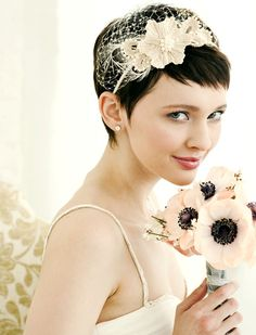Brides with short hair - wedding hairstyle ideas - Hair Romance - Maya's Bridal Hair and Dresses Inspiration - Amigurumi , Crochet , Knitting Bridal Hair Tips, Short Bridal Hair, Hair Wedding, Bride Short Hair, Short Wedding Veils, Fascinators For Short Hair, Wedding Shit, Wedding Bouquet, Wedding Bride