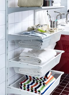 adjustable shelving baskets in bathroom organizing-ideas Organization, Adjustable Shelf Storage, Home Organization, Organization Decor, Space Saving Storage, Small Apartment Solutions, Getting Organized, Home Decor, Adjustable Shelving