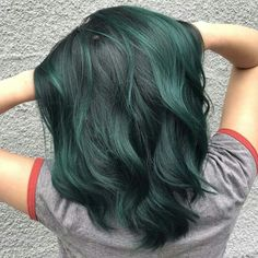 Wanted to try this new slide thang! So I picked a few of my favorites from recen… - Hair Style Green Hair Colors, Cool Hair Color, Hair Colours, Dye My Hair, 50 Hair, Blue Hair, Black And Green Hair, Short Green Hair, Emerald Green Hair