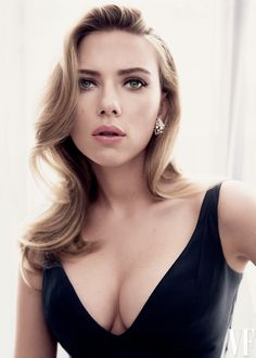 Scarlett Johansson—Now Engaged and Pregnant—Poses for Vanity Fair's May Cover   Vanity Fair