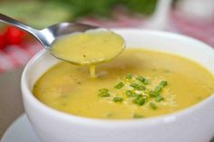 Aprenda a preparar sopa de mandioca com esta excelente e fácil receita.  A mandioca é um dos alimentos mais consumidos no Brasil, de variadas formas, sendo que uma...