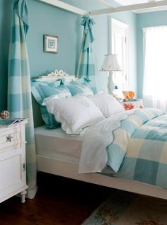Looking for a cool color paint for your bedroom? Browse photos for aqua blue bedroom design and decor ideas. Go ahead get inspired! Home Interior, Interior Design, Modern Interior, House Of Turquoise, Turquoise Cottage, Turquoise Room, Turquoise Fabric, Coastal Bedrooms, Blue Bedrooms