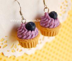 brincos mini cupcake de baunilha com creme de mirtilo