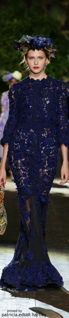 d & g alta moda fall 15 couture Blue Fashion, Runway Fashion, High Fashion, Fashion Show, Fashion Design, Dolce & Gabbana, Style Rose, Winter Typ, Fall Winter
