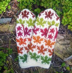 Maple Leaves Mittens via Craftsy