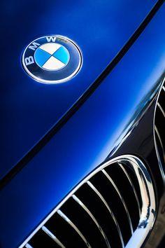 BMW Logo - Badge - Emblem