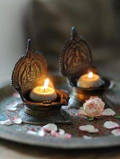 image source  http://www.welke.nl/lookbook/Merryfish/Verlichting/Merryfish/boeddha-kandelaars.1355954246