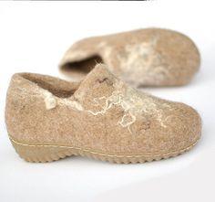 Wool clogs natural brown beige  Womens clogs 8 Rustic by Rasae