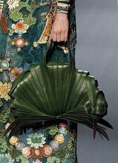Mon secret, la poesie de ma vie | finespunfancy: Jean Paul Gaultier, haute couture...