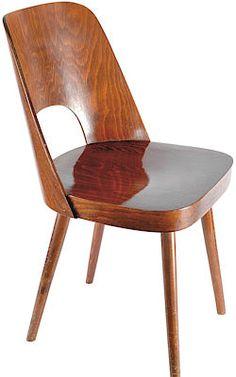 Židle TON (4700 Kč), Ton byl jedním z předních výrobců nábytku u nás. Kvalita a jméno této světoznámé firmy přetrvala dodnes. Tato původní židle z 60. let v provedení leštěný buk prošla částečnou renovací a je v perfektním stavu.