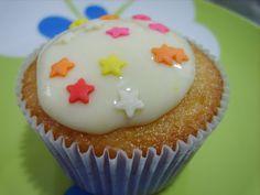 Arte na Cozinha: Meu segundo cupcake.