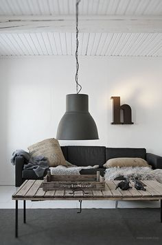 30 Chic Scandinavian Fall Décor Ideas | DigsDigs