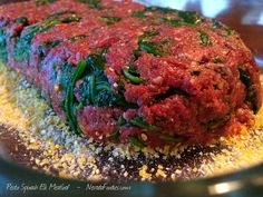 Pesto Spinach Elk Meatloaf: wilt 2 cups spinach and mix in with elk burger, 2 tablespoons pesto and cup breadcrumbs. Line bottom of pan with cornmeal and bake at 400 degrees for 45 minutes. Delicious and easy elk recipes. Elk Meat Recipes, Wild Game Recipes, Venison Recipes, Meatloaf Recipes, Tortellini Bake, Cheese Tortellini, Wapiti, Beef Tenderloin Roast, Pork Roast