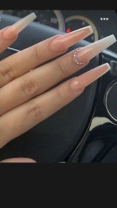 Coffin Nails Ombre, Bling Acrylic Nails, Acrylic Nails Coffin Short, Simple Acrylic Nails, Coffin Shape Nails, Best Acrylic Nails, Rhinestone Nails, White Coffin Nails, Ombre Nail